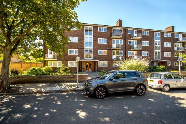 Thumbnail Flat to rent in Garden Court, Lichfield Road, Kew, Surrey