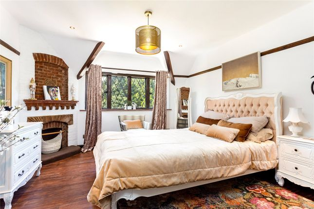 Bedroom of The Downs, Leatherhead, Surrey KT22