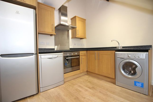 Flat to rent in Mosley Street, Newcastle Upon Tyne