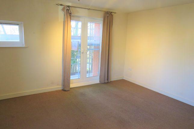 Living Room of Arnold Road, Mangotsfield, Bristol BS16