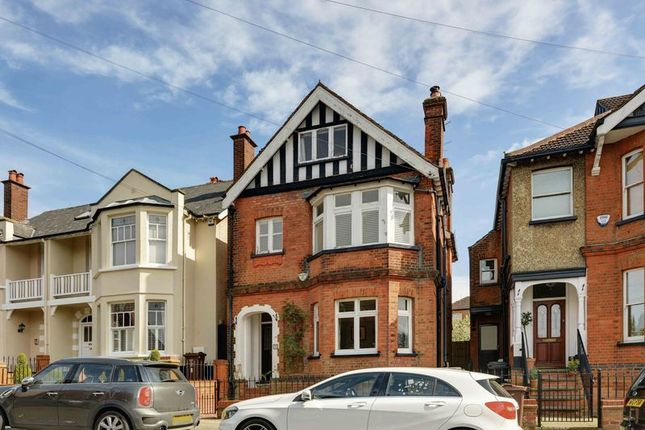 Thumbnail Detached house for sale in Gombards, St.Albans
