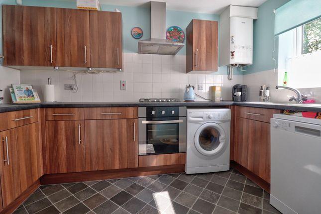 Kitchen Pic1 of Shorrock Lane, Blackburn BB2