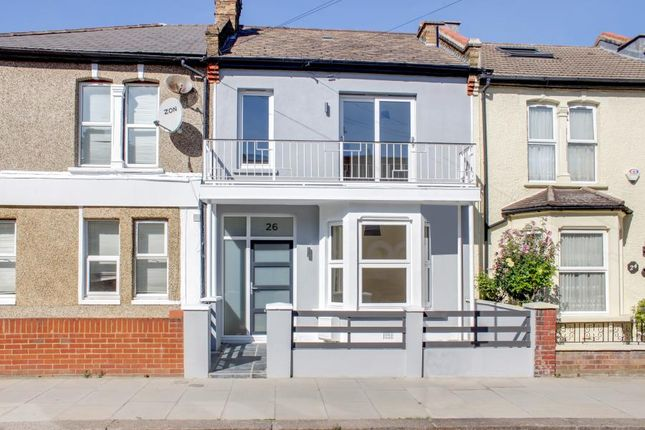 Thumbnail Property to rent in Sidney Road, Wood Green