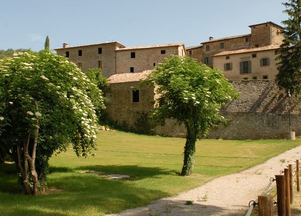 Thumbnail Property for sale in Toppo, Morra, Umbria