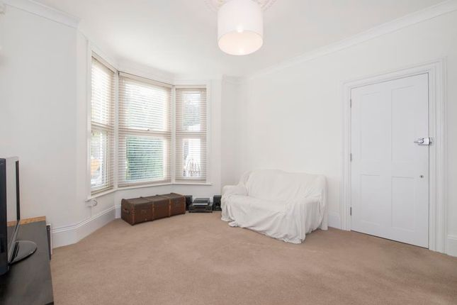 Thumbnail Flat to rent in Connaught Road, London