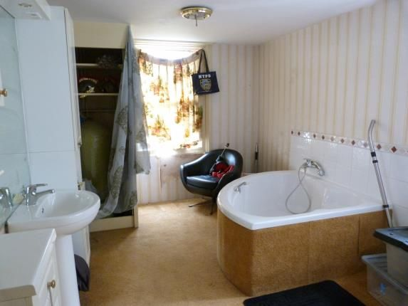 Bathroom of High Street, Rottingdean, Brighton, East Sussex BN2
