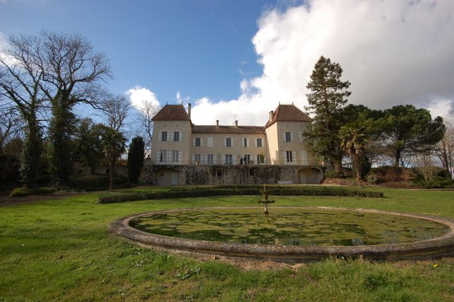 Thumbnail Château for sale in Condom, France