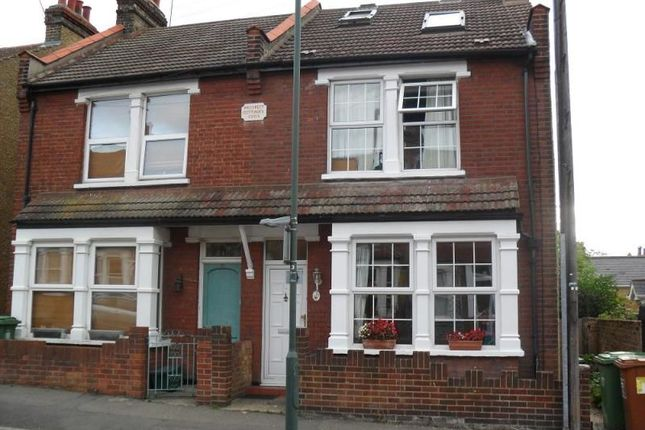 Thumbnail Semi-detached house to rent in Sussex Road, Sidcup