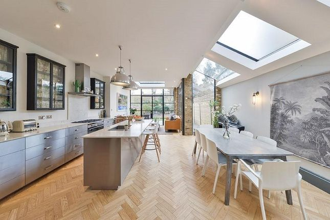 Thumbnail Terraced house to rent in Dundonald Road, Queen's Park, London