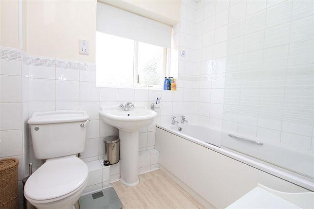 Bathroom of Applewood Close, Ickenham, Uxbridge UB10