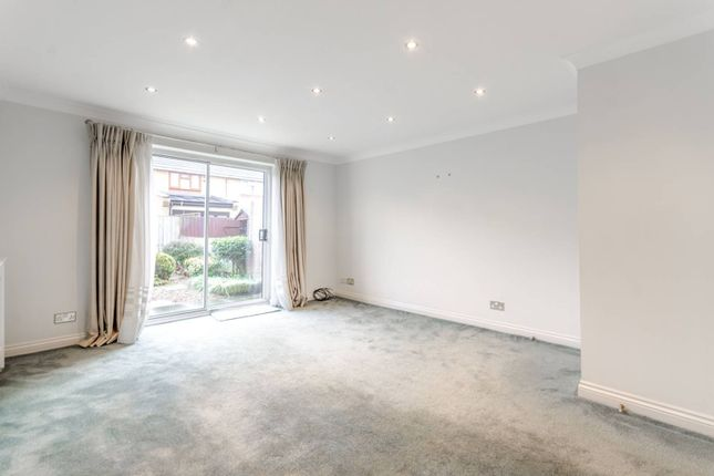 Thumbnail Property to rent in Fernhill Street, Docklands