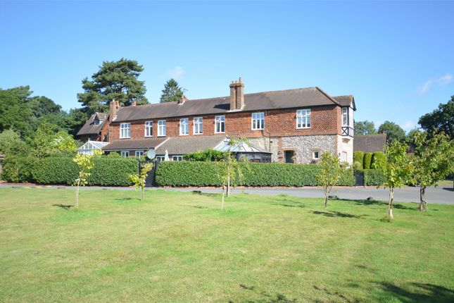 Thumbnail Country house for sale in Hogscross Lane, Chipstead, Coulsdon