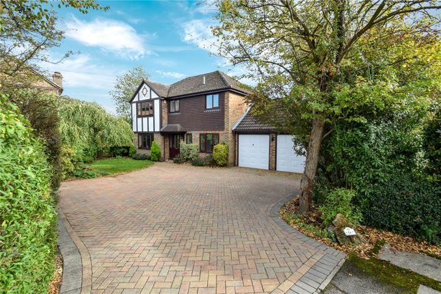 Thumbnail Detached house for sale in Cheney Close, Binfield, Berkshire