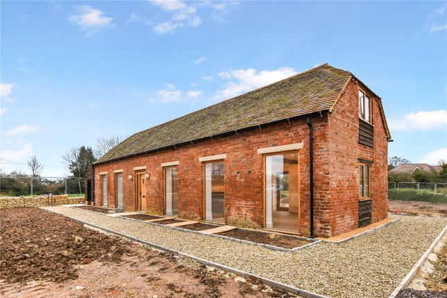Thumbnail Barn conversion for sale in Allesborough Farm, Pershore, Hereford & Worcester