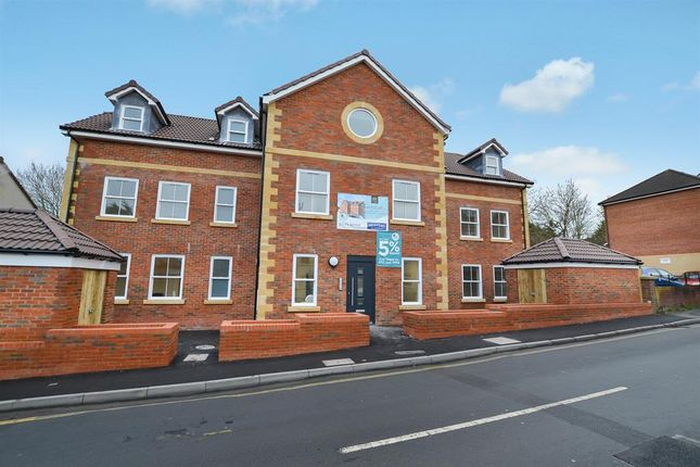 Thumbnail Flat for sale in Brailsford House, Queens Road, Bristol