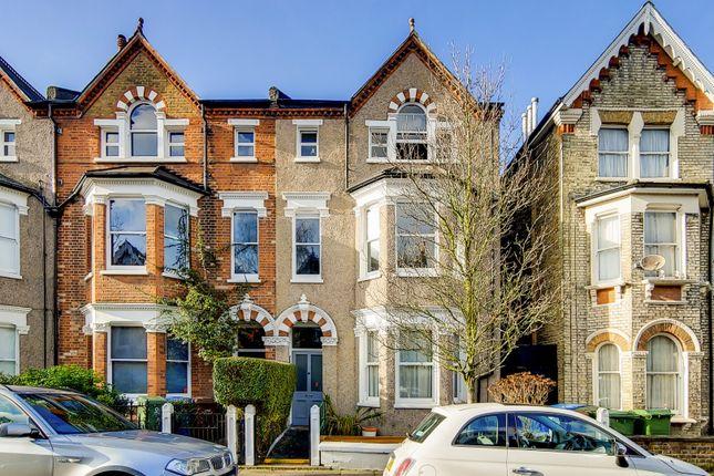 Thumbnail Flat for sale in Oakhurst Grove, London