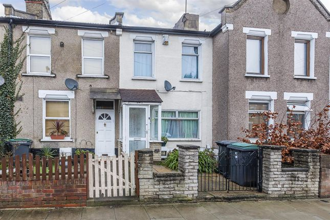2 bed property for sale in Glendish Road, Tottenham, London