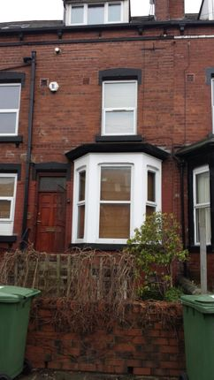 3 bed shared accommodation to rent in Royal Park Ave, Hyde Park, Leeds 1Ey, Hyde Park, UK