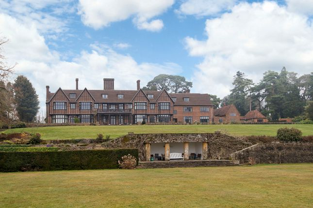 Thumbnail Flat for sale in Yattendon Court, Yattendon