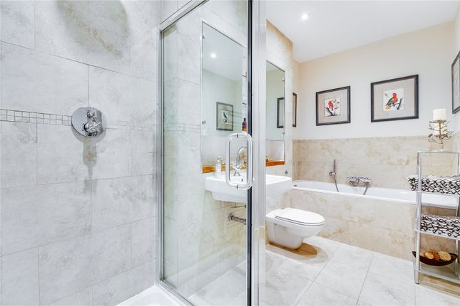 Shower of Burnfoot Avenue, London SW6
