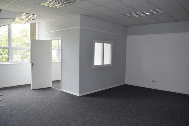 Office to let in Philips Road, Blackburn