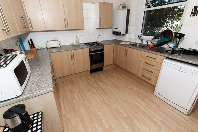 Thumbnail Property to rent in Broadway, Treforest, Rct