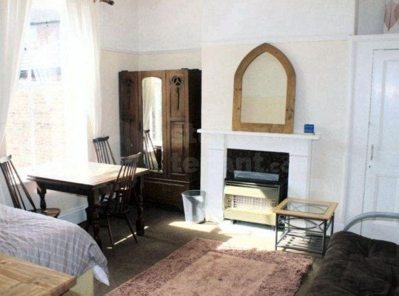 Thumbnail Shared accommodation to rent in Wellesley Road, Liverpool, Merseyside