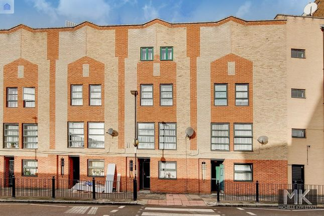 Thumbnail Terraced house to rent in Backchurch Lane, Aldgate, London