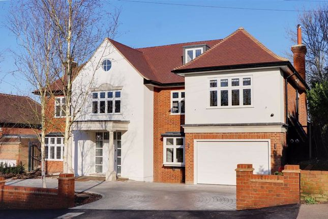 Thumbnail Detached house to rent in Grange Avenue, London