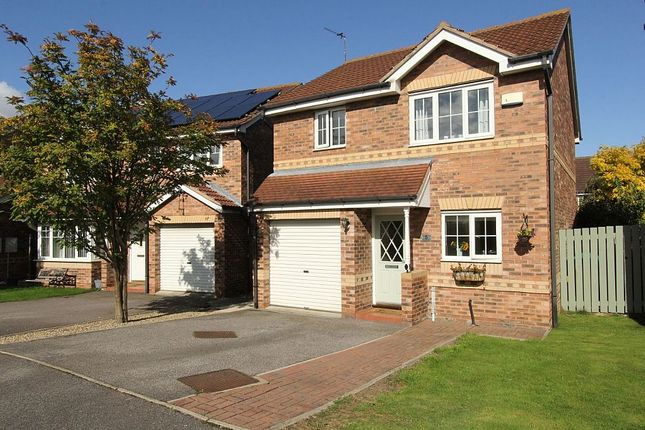 Thumbnail Detached house for sale in Rosedale Close, Normanton, West Yorkshire