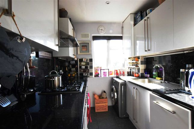 Thumbnail Flat for sale in Western Mansions, Great North Road, Barnet EN5, Barnet,