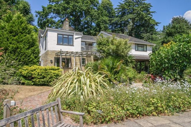 Thumbnail Detached house for sale in Dean Lane, Cookham, Maidenhead