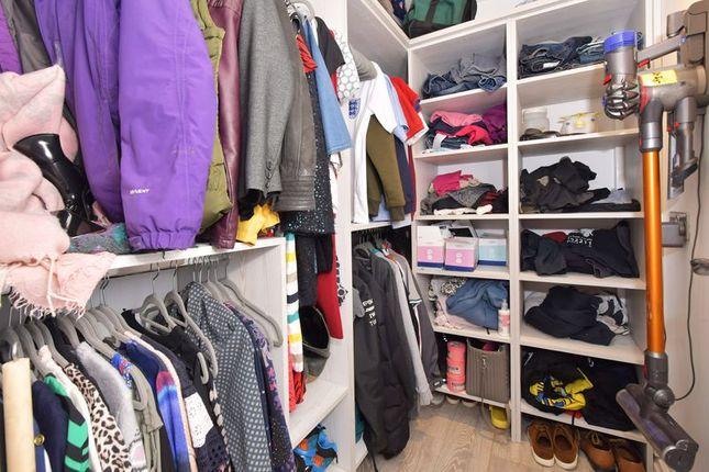Dressing Room of Derwent Crescent, Kidsgrove, Stoke-On-Trent ST7