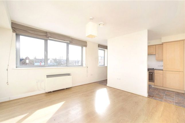 Thumbnail Flat to rent in Wallace Court, Balham High Road, London