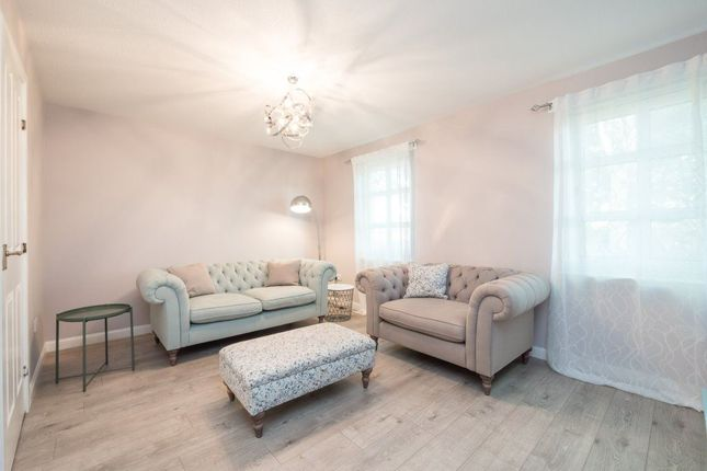 Thumbnail Flat to rent in The Fairways, Carrick Knowe