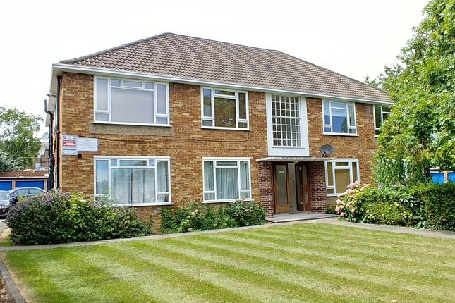 Thumbnail 1 bed flat for sale in Fairfield Close, North Finchley
