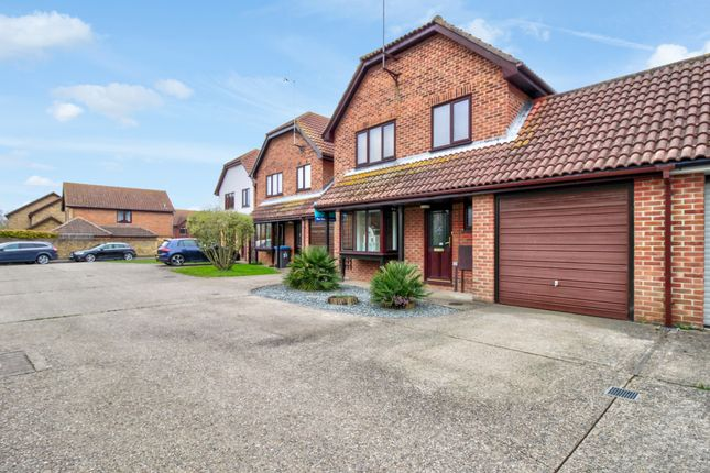 Thumbnail Detached house for sale in Fordwich Place, Sandwich