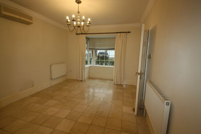 Dining Room of Jennings Close, St James Park, Long Ditton KT6