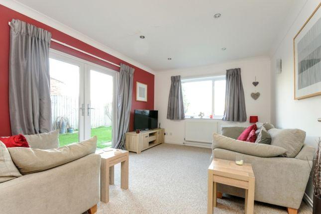 Thumbnail Semi-detached house to rent in Binning Close, Drayton, Abingdon