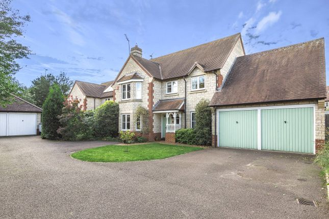 Thumbnail Detached house for sale in Catkins Close, Faringdon, Oxon