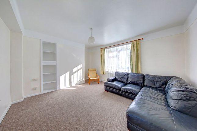 Thumbnail Flat to rent in Boundaries Road, Balham