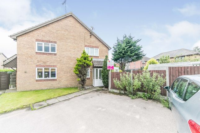 Thumbnail Property for sale in Kinlett Close, Highwoods, Colchester