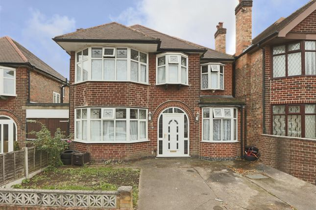 Thumbnail Detached house for sale in Cliff Road, Carlton, Nottingham