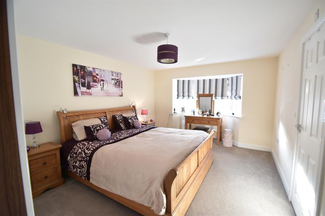 Master Bedroom of Woodedge Drive, Droitwich WR9