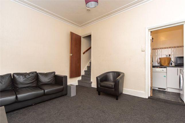 Living Room of Bayswater Row, Leeds, West Yorkshire LS8