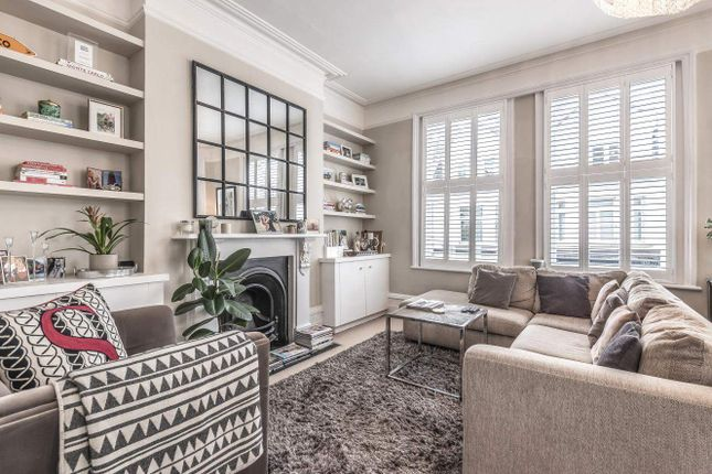 1 bed flat for sale in Fulham Road, London SW6