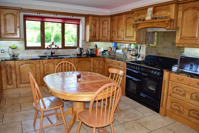 Kitchen of Maltkiln Lane, Elsham, Brigg DN20