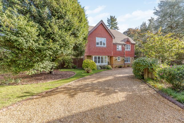 Thumbnail Detached house for sale in The Hawthorns, Chalfont St. Giles