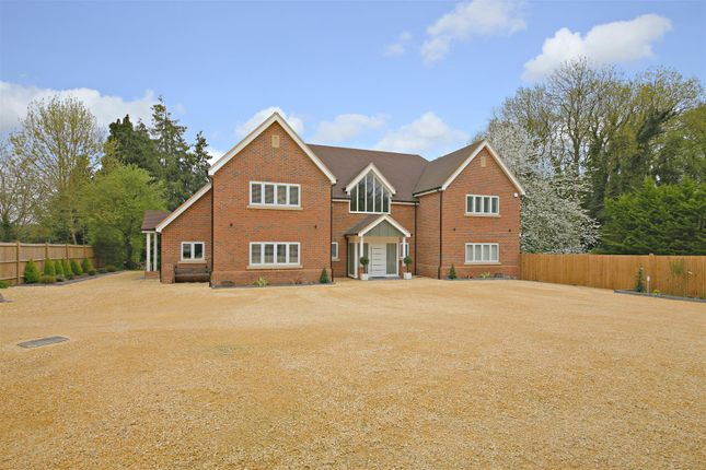 Thumbnail Detached house for sale in Cobden Hill, Radlett