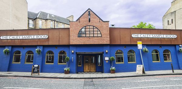 Thumbnail Pub/bar for sale in Angle Park Terrace, Edinburgh